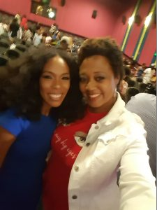 Selfie with Actress Angela Lewis, full of fire!